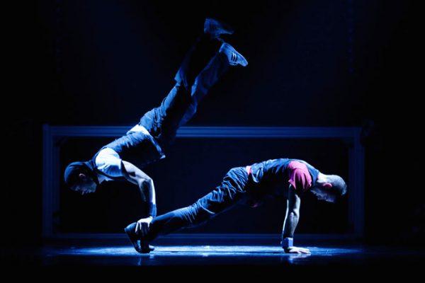 Spectacle Energie Positive : spectacle humour et danse hip hop sur scène Honfleur Caen