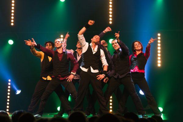 Spectacle Energie Positive : spectacle humour et danse hip hop sur scène Normandie Ile de France