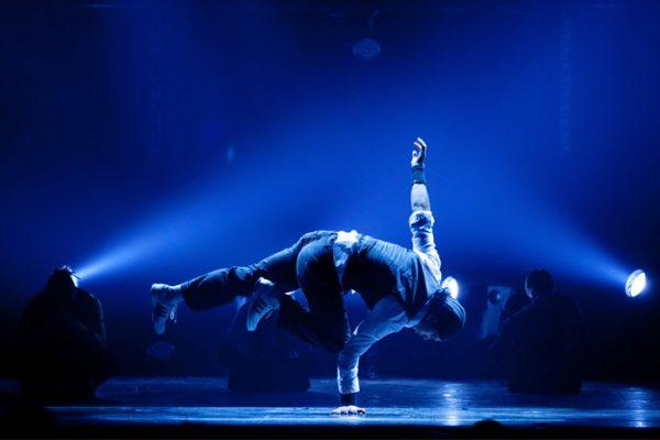 Spectacle Energie Positive : spectacle humour et danse hip hop sur scène Paris Le Havre