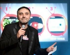 Les Accros de la télé : concept de jeu interactif et orignial - diner assis séminaire - Paris Rouen Le Havre Deauville