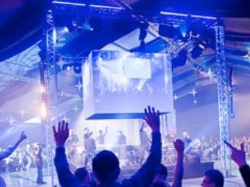 Concept jeu diner assis séminaire - musique live - Caen Paris