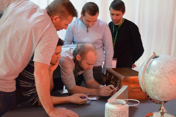 team building escape game nomade aventurier activité cohésion entreprise paris chantilly